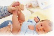 Понос у новорожденного малыша
