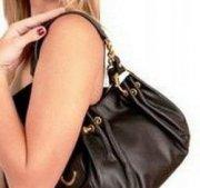 Что должно лежать в дамской сумочке?