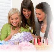Выбираем подарок подруген на день рождения